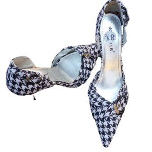 DollHouse Black And White Pointed Toe Shoes
